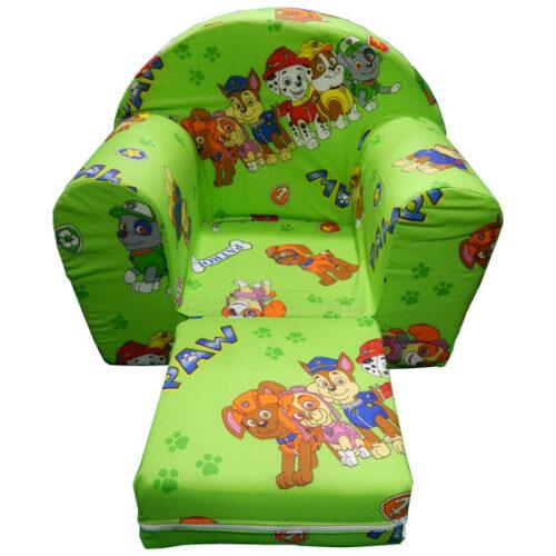 zelene boje sa razmestenim sedalnim delom