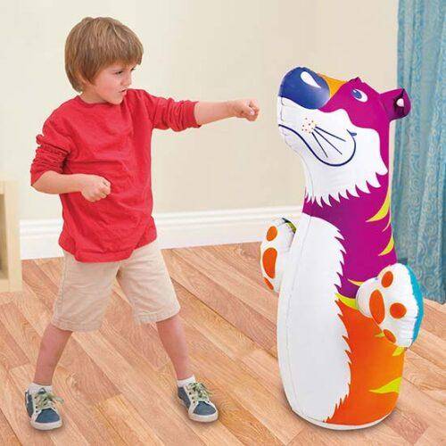 Sarena igracka na naduvavanje u obliku tigra
