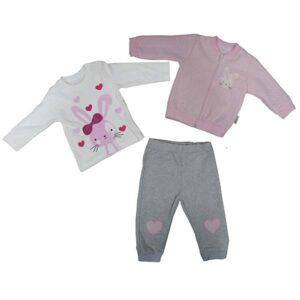 roze duks, majica i donji deo trenerke