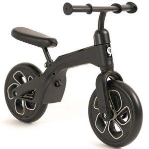 crni deciji bicikl bez pedala