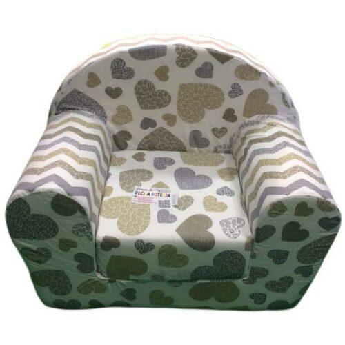 bela sundjerasta foteljica sa srcima