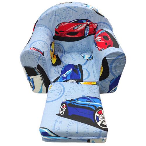 plava foteljica sa nacrtanim auticima